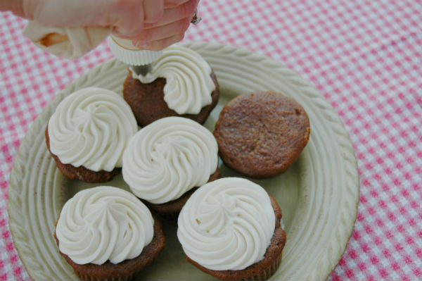 how-to-make-pretty-cupcakes2