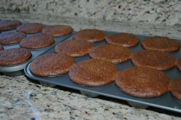 pumpkin-cupcakes-done