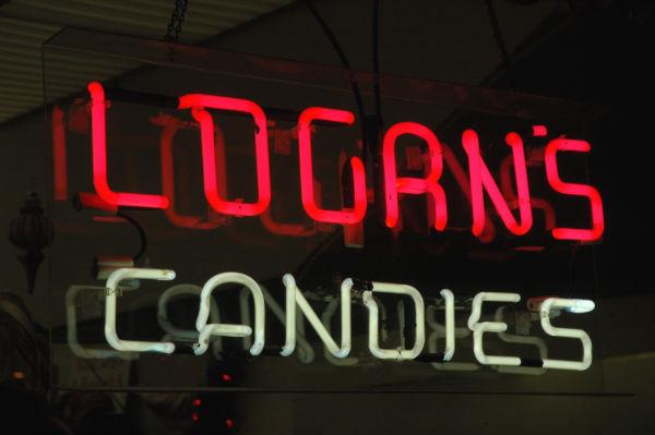 logans-candies2